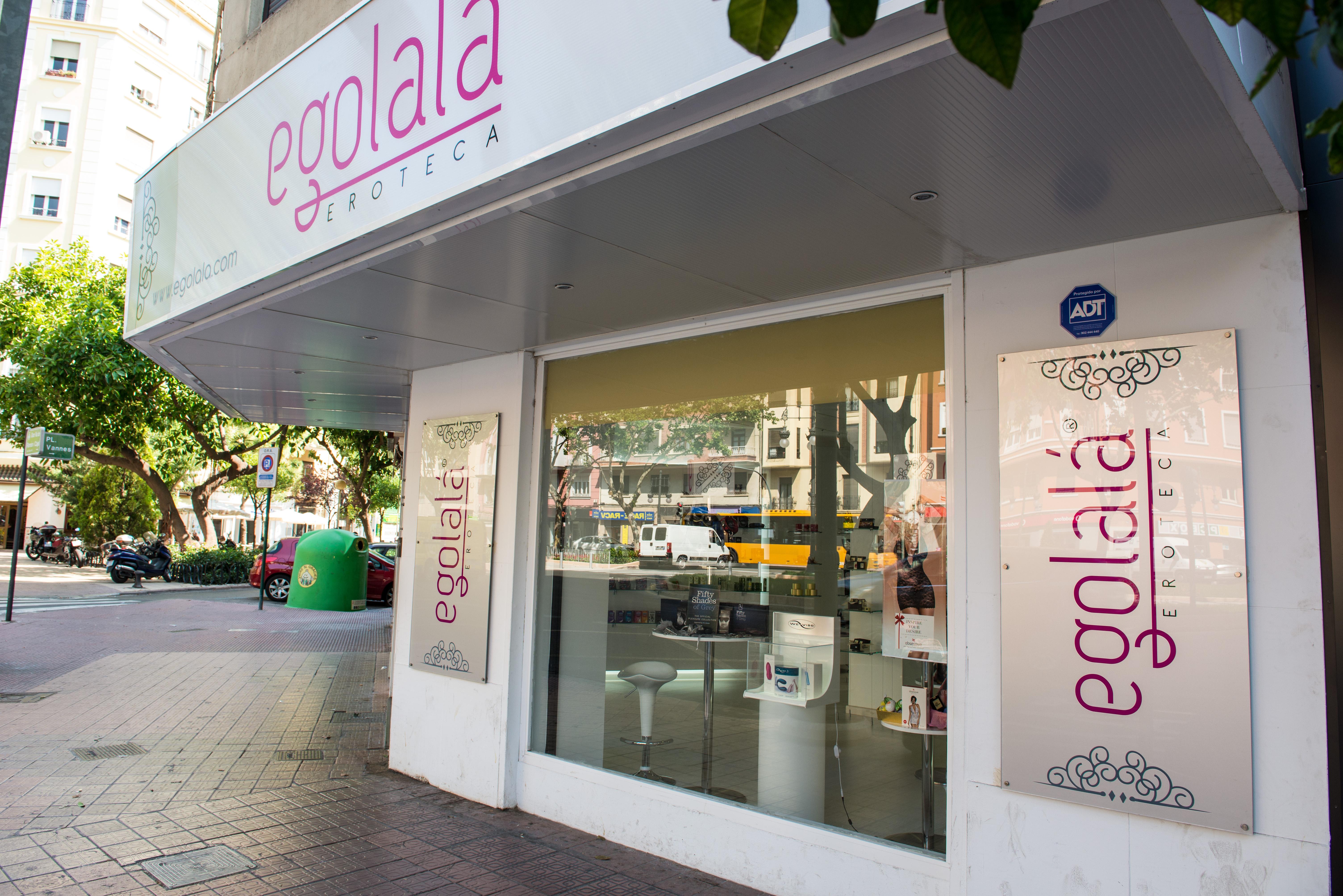 LENCERÍA ERÓTICA, Picardías, Babydolls, Ligueros y muchísimo más… en tu Sex Shop de Lujo EGOLALÁ Eroteca Valencia.
